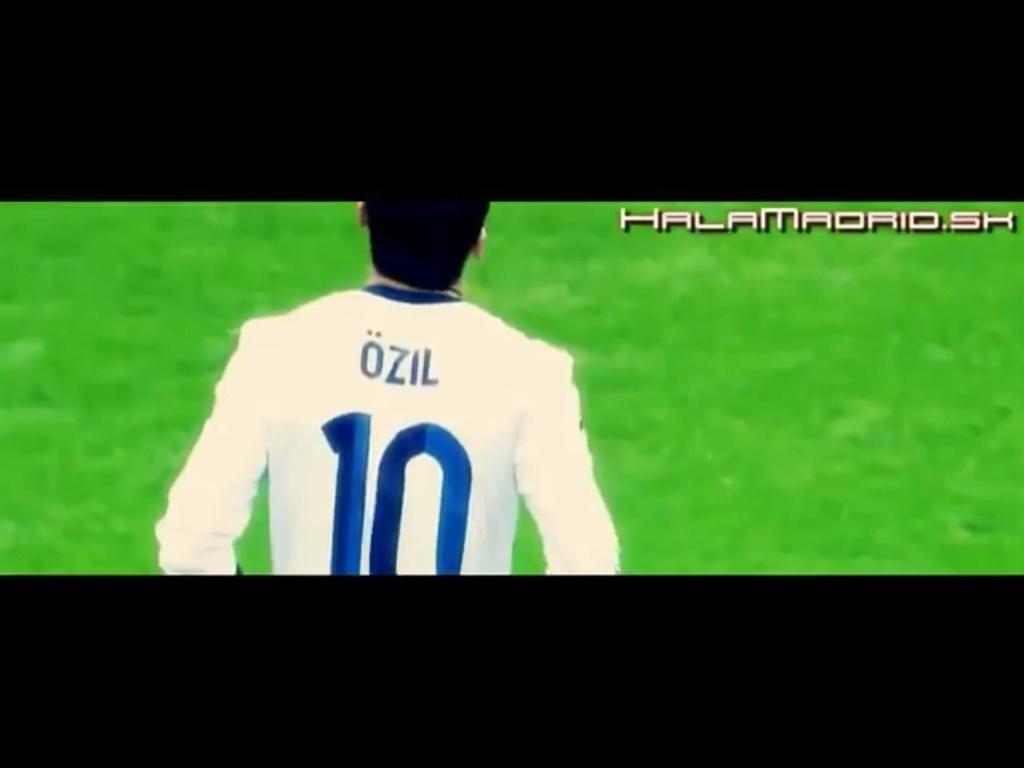 Mesut Özil - Playmaker