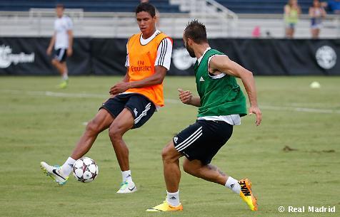Ktoré stopérske duo je pre Ancelottiho najlepšou voľbou?