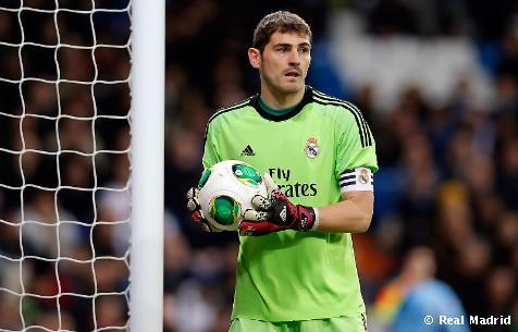 Casillas sníva o treble