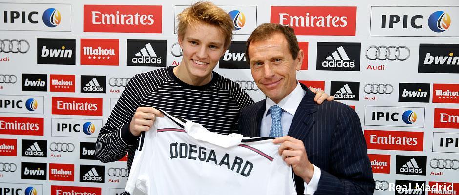 Čo sa stalo s Martinom Ødegaardom? Pripomenul sa nám sólom v prvom kole holandskej Eredivisie