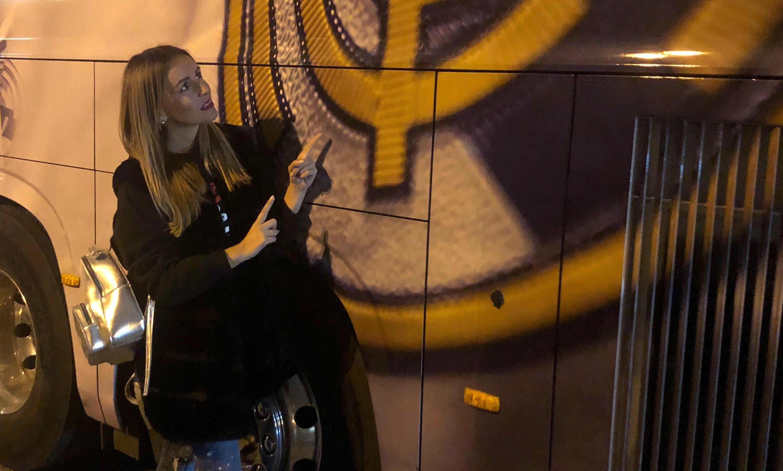 VIDEO: Vlogerka Šárka Peková nemohla na zápase Viktorky s Realom Madrid chýbať