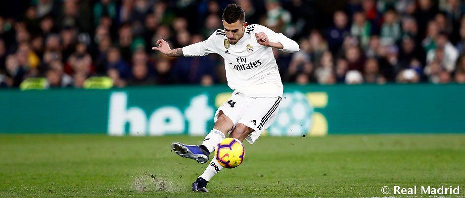 VIDEO Nádherný gól Daniho Ceballosa z priameho kopu proti Betisu